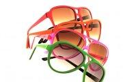 oculos de sol coloridos na moda 8