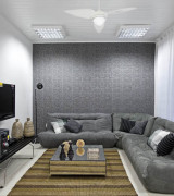 sala com papel de parede 9