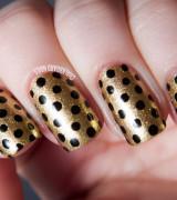 unhas douradas decoradas 10