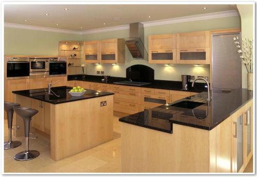 cozinha planejada simples com ilha