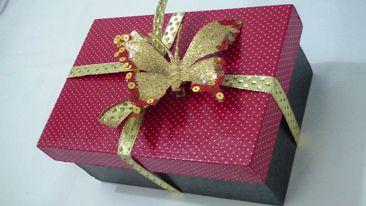 caixa decorada para presente grande