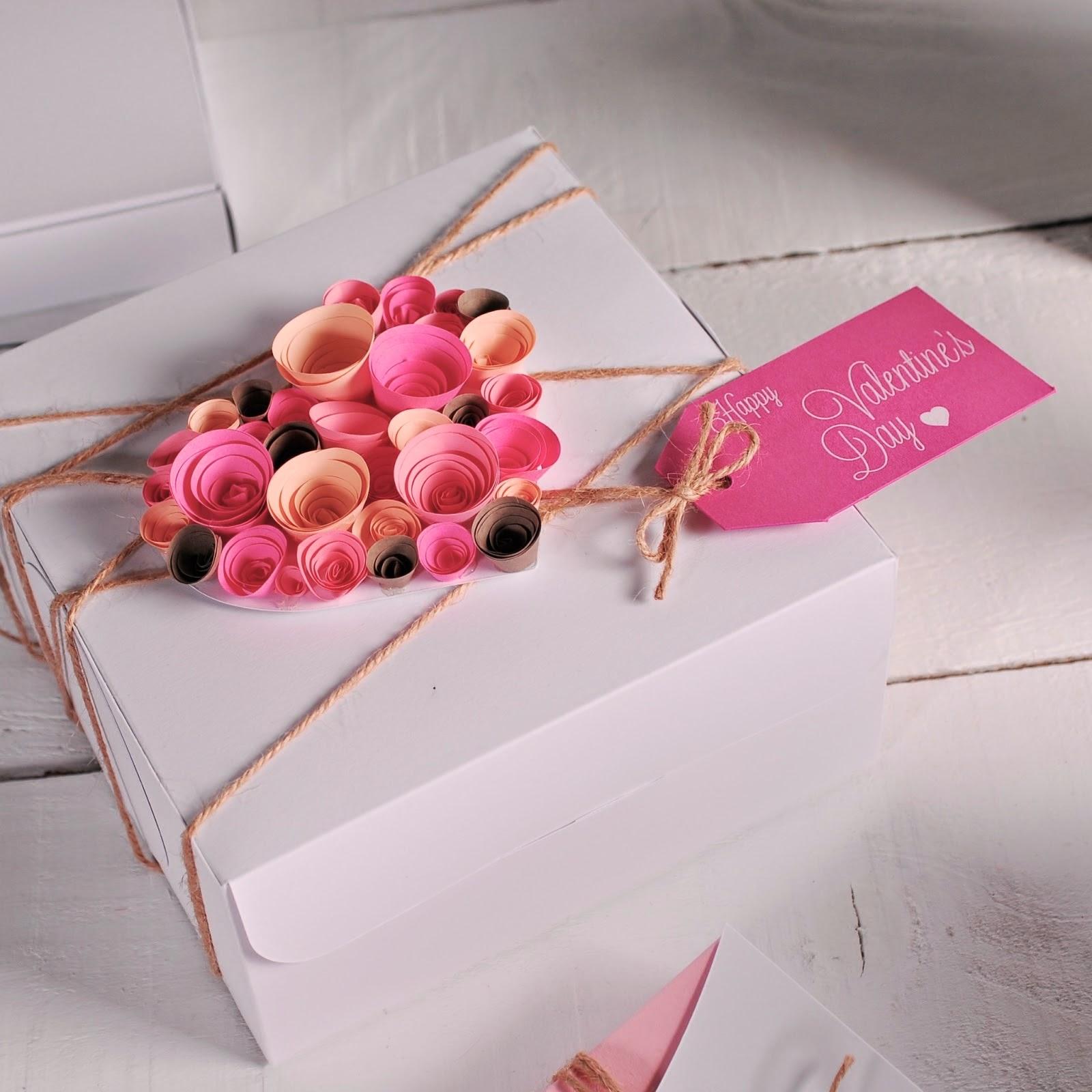 caixa decorada para presente linda