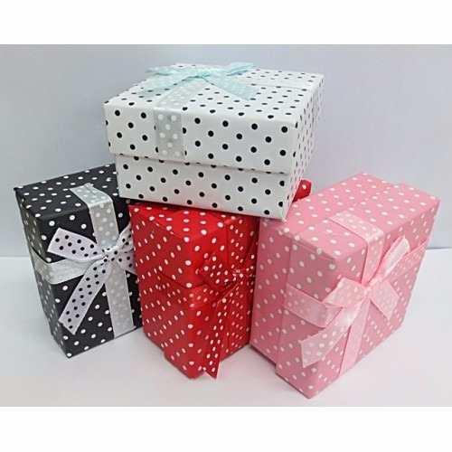 caixa pequena decorada para presente